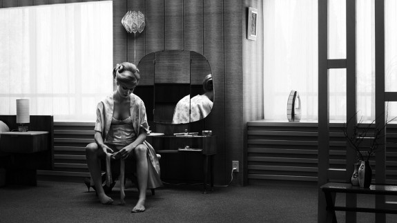 Erwin Olaf-Grief-Afterhours Sleaze and Dignity-3